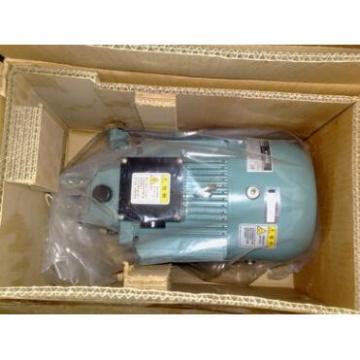 Nachi Gear Pump  VDR-11B-2A2-2A2-22